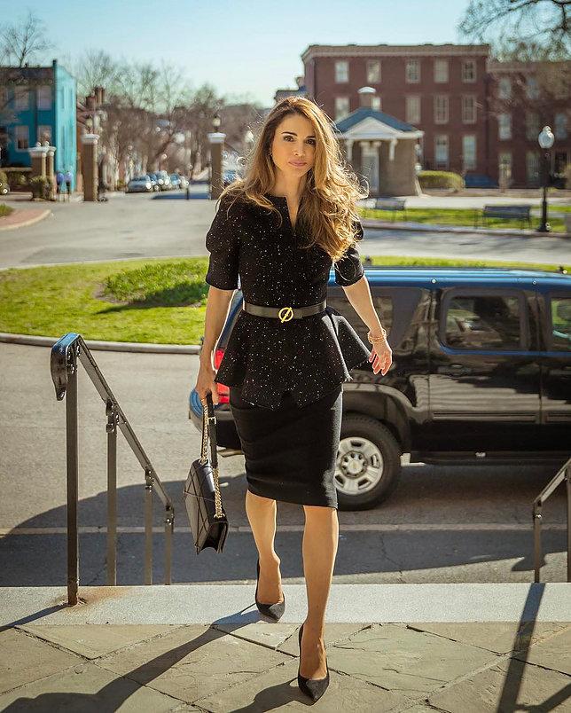الملكة رانيا العبد الله 8 - موقع المصطبة