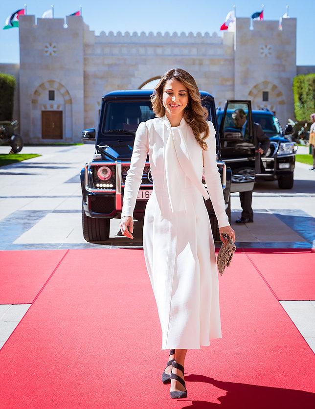 الملكة رانيا العبد الله 9 - موقع المصطبة