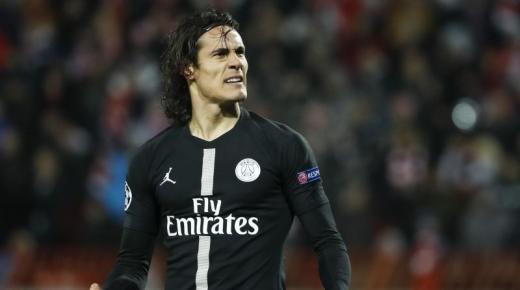 من هو إدينسون كافانى لاعب باريس سان جيرمان الفرنسي ومنتخب أوروغواي؟