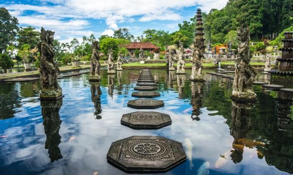 السياحة فى إندونيسيا