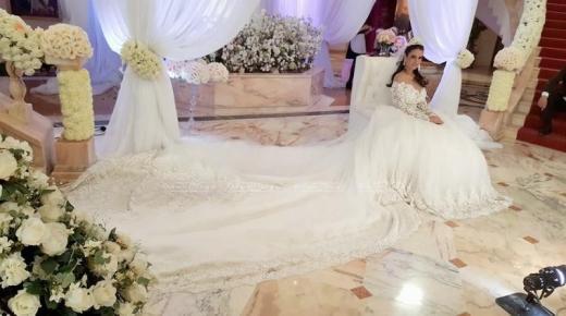 تفسير حلم رؤية الفستان الأبيض فى المنام