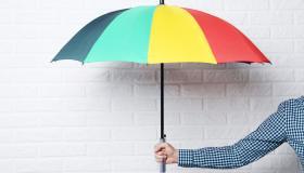 تفسير حلم رؤية المظلة في المنام