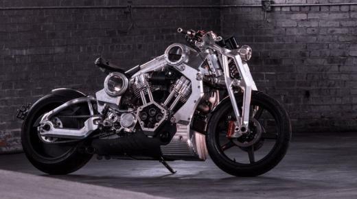 """تفسير حلم رؤية الدراجة النارية """"الموتوسيكل"""" في المنام"""