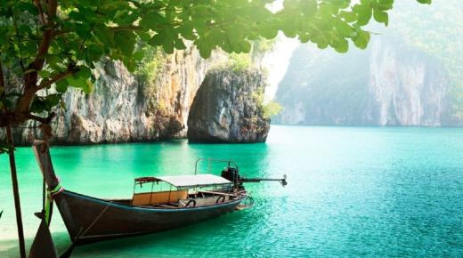 بم تشتهر دولة تايلاند؟