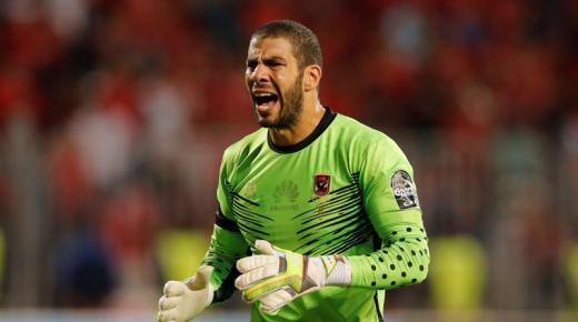 من هو شريف إكرامى حارس مرمي النادي الأهلي ومنتخب مصر لكرة القدم؟