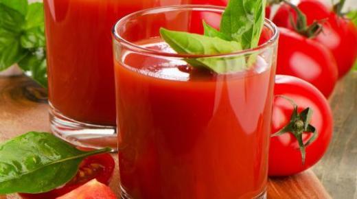 عمل عصير الطماطم بأكثر من طريقة وفوائد الطماطم للجسم
