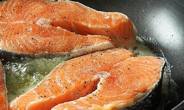كيفية طهى سمك السلمون