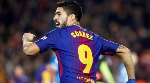 من هو لويس سواريز لاعب برشلونة الإسباني ومنتخب الأوروغواي؟