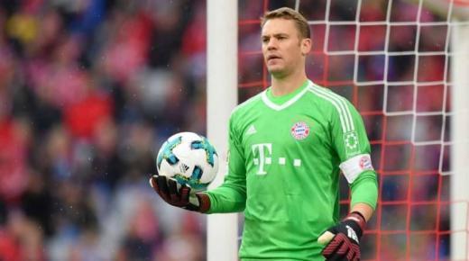 من هو مانويل نوير حارس مرمي بايرن ميونيخ ومنتخب ألمانيا لكرة القدم؟