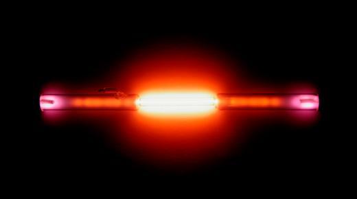 ما هو غاز الهيليوم وما هي استخداماته؟