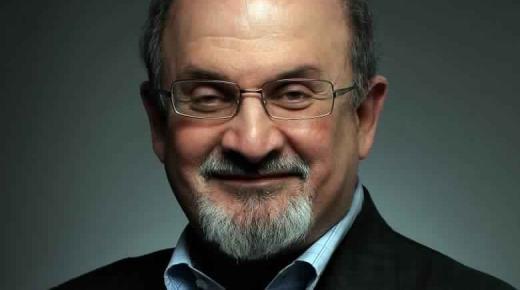 سلمان رشدي الكاتب المثير للجدل