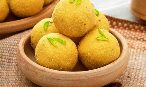 طريقة تحضير حلو اللدو الهندي بأكثر من وصفة رائعة
