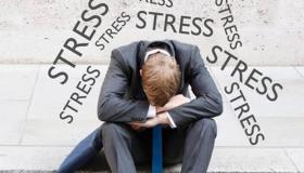 كيف أبتعد عن الاكتئاب ؟