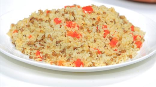 طريقة تحضير الأرز بالعدس البني