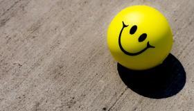 معتقدات خاطئة عن الشعور بالسعادة