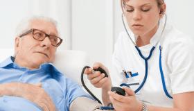 طرق رعاية المسنين