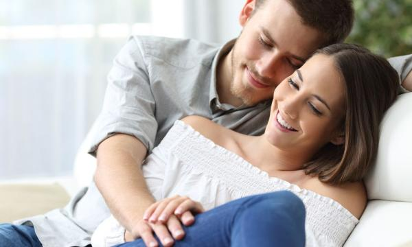 أمور يتمنى الزوج أن تعرفها زوجته بدون إخبارها بها