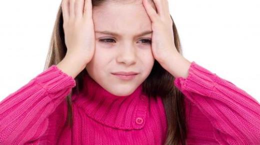 ما هي أسباب الصداع عند الاطفال ؟