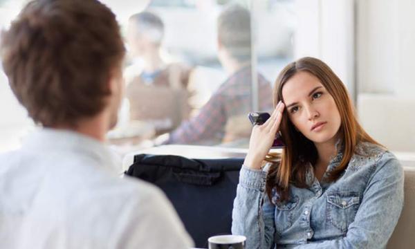 أنواع الرجال الذين تتجنب المرأة الارتباط بهم