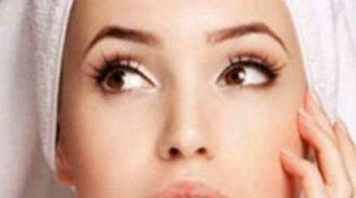 كيفية جعل بشرتك صافية وخالية من العيوب