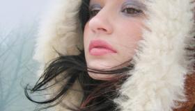 كيفية العناية بالشعر في فصل الشتاء ؟
