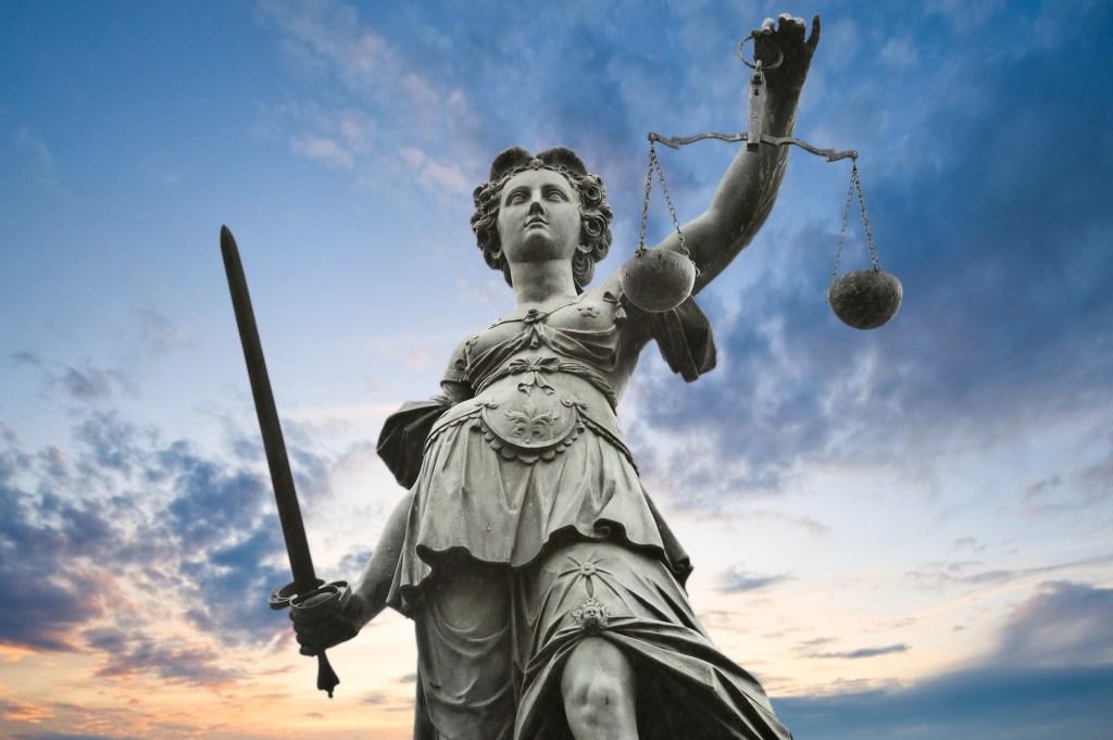 lady justice 529621  - موقع المصطبة