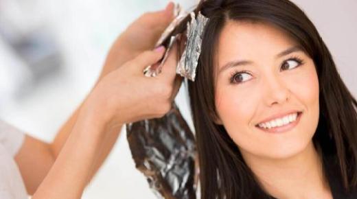 طرق إزالة صبغة الشعر في المنزل