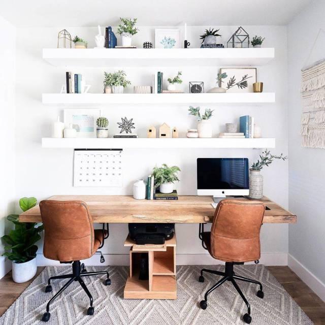 La zona de trabajo de @mintandpinedesign. El estudio para dos de @mintandpinedesign