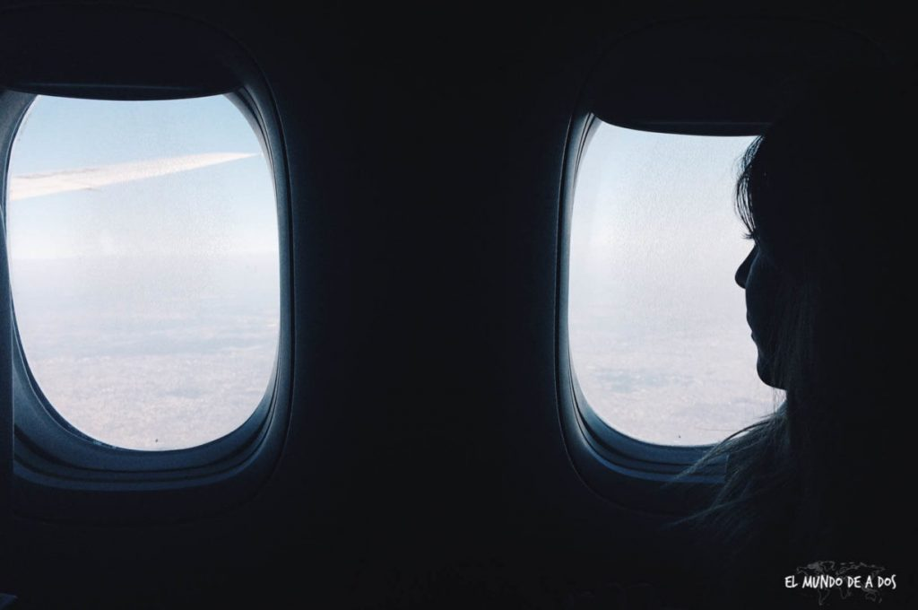 Los 6 consejos que harán tus vuelos largos más llevaderos