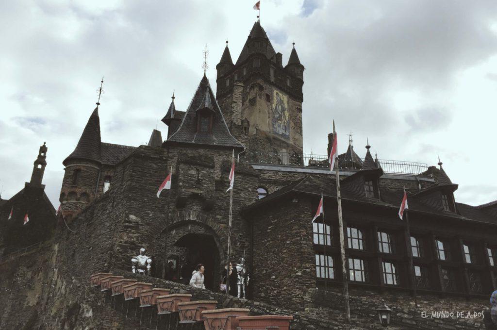 La entrada al castillo. Cochem