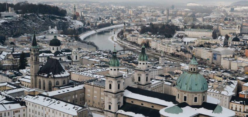 Vista desde arriba. Salzburgo en un dia
