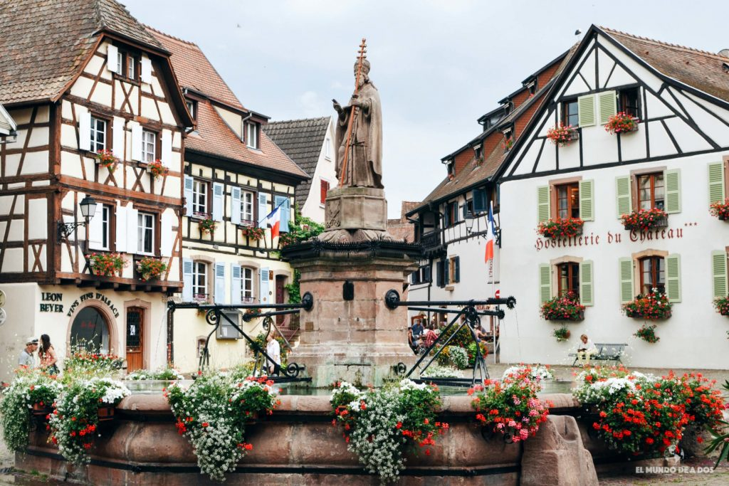 Fuente de San León. Eguisheim Francia
