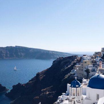 Caldera de Santorini. Recorremos en barco y a pie el cráter volcánico más grande y hermoso del mundo.