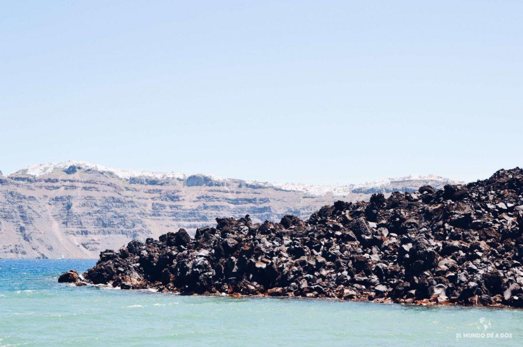 Rocas volcánicas. Caldera de Santorini