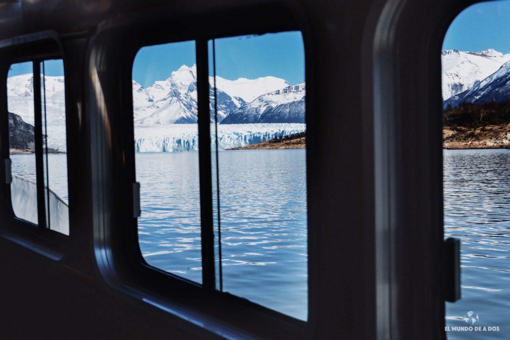El glaciar desde el barco. Minitrekking Perito Moreno
