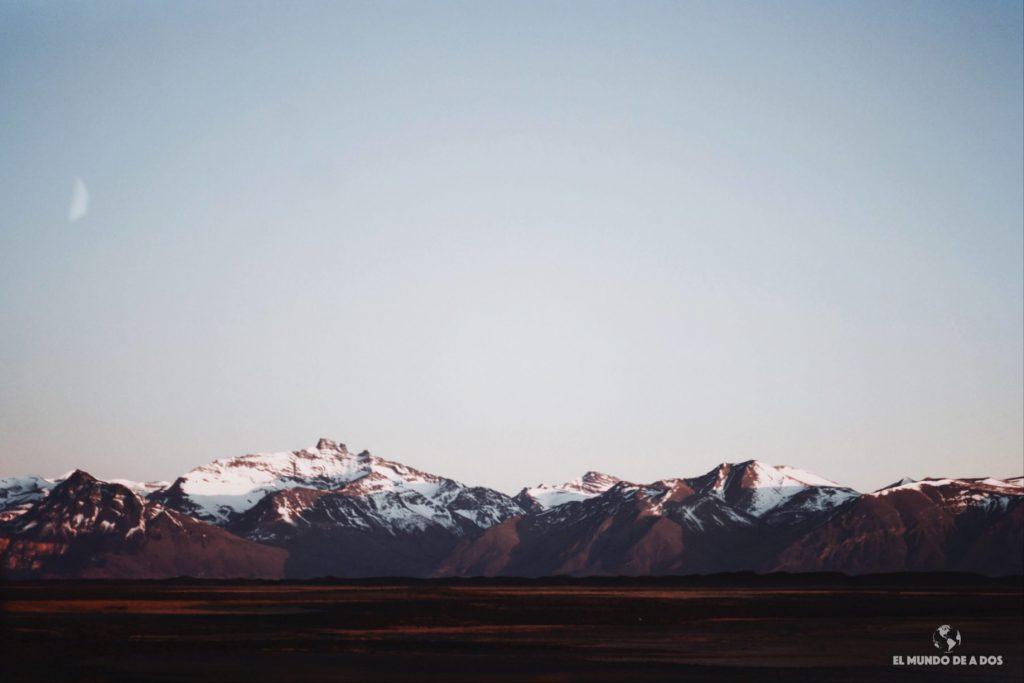 Montañas al amanecer 2. Minitrekking Perito Moreno