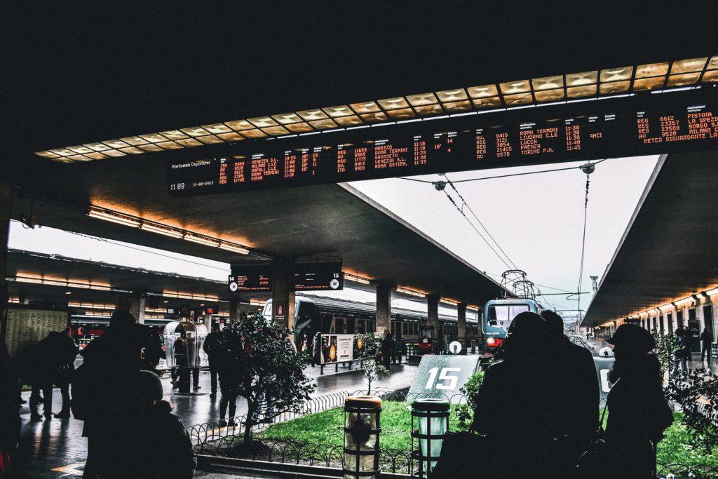 Estación central de Venecia. Viajar en tren por Europa