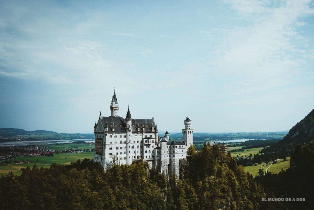 Desde el puente colgante. Neuschwanstein, castillo del rey loco