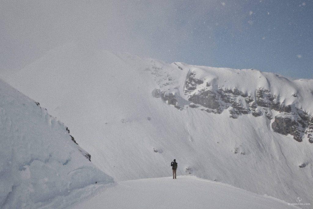 Perdido entre las montañas. Suiza en invierno