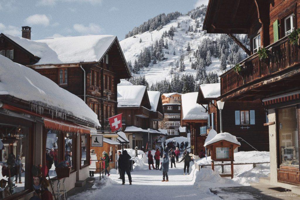 El pueblito de Mürren en invierno (Suiza)