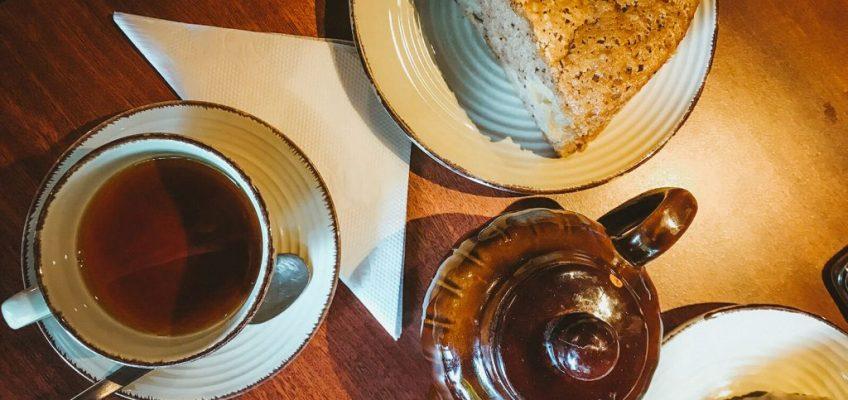Detalle de la mesa de Bellevue - Mejores casas de té en Bariloche