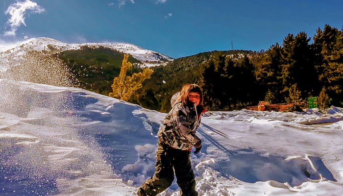 Esquiar con niños - bolas de nieve
