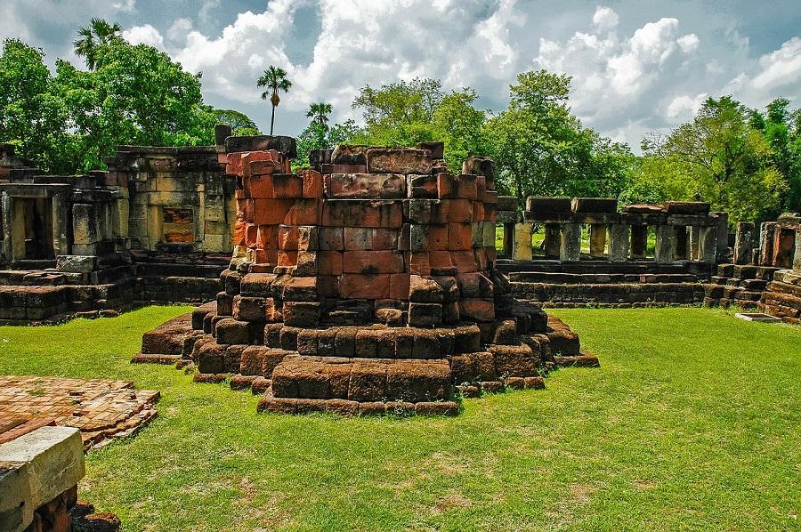 razones-para-viajar-a-tailandia- ruinas de Khorat