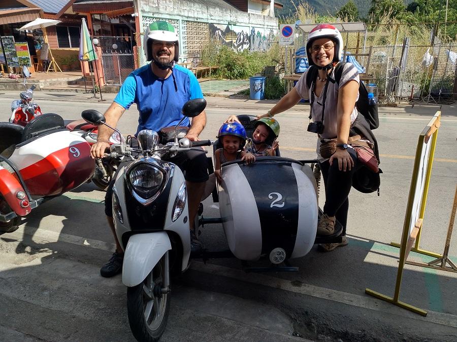 Viajes en familia - En sidecar por el norte de Tailandia