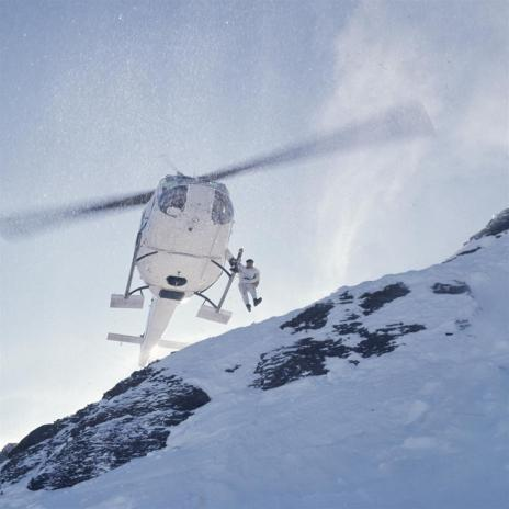 On Her Majesty's Secret Service - Helicopter Jump (Large)