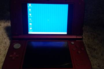 Usuario ejecuta Windows 95 en un New Nintendo 3DS