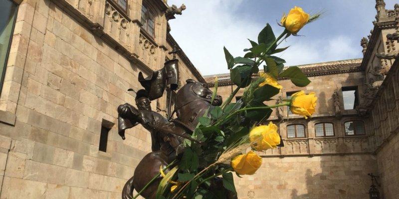 Sant Jordi Palau Generalitat Groc Fotro E N