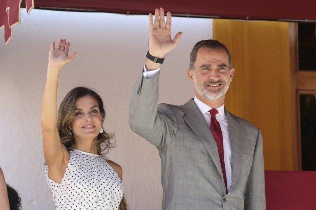 felip i leticia saludant GTRES