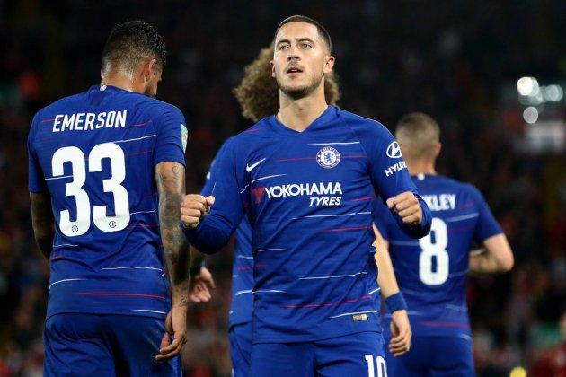 Hazard gol Liverpool Chelsea