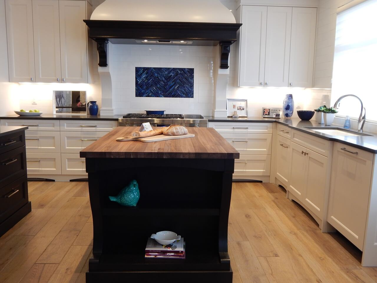Professional Kitchen Cabinet Painting Average Costs Elocal Com